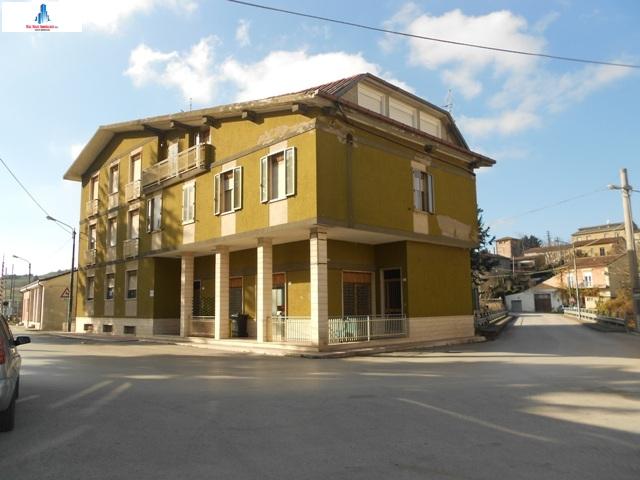 Appartamento in vendita a Savignano Irpino, 5 locali, prezzo € 40.000 | Cambio Casa.it
