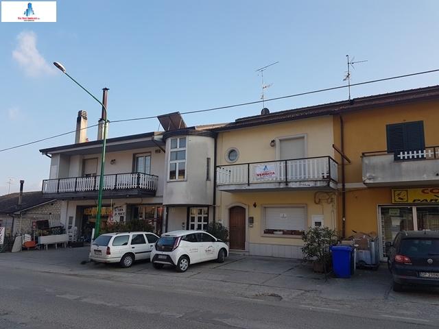 Soluzione Semindipendente in vendita a Ariano Irpino, 5 locali, prezzo € 140.000 | CambioCasa.it