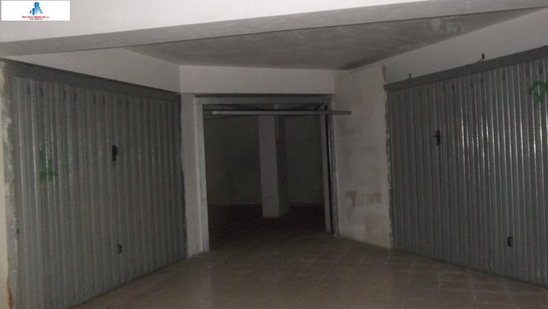 Box / Garage in vendita a Ariano Irpino, 1 locali, zona Località: viaumbertoI, prezzo € 19.000 | CambioCasa.it