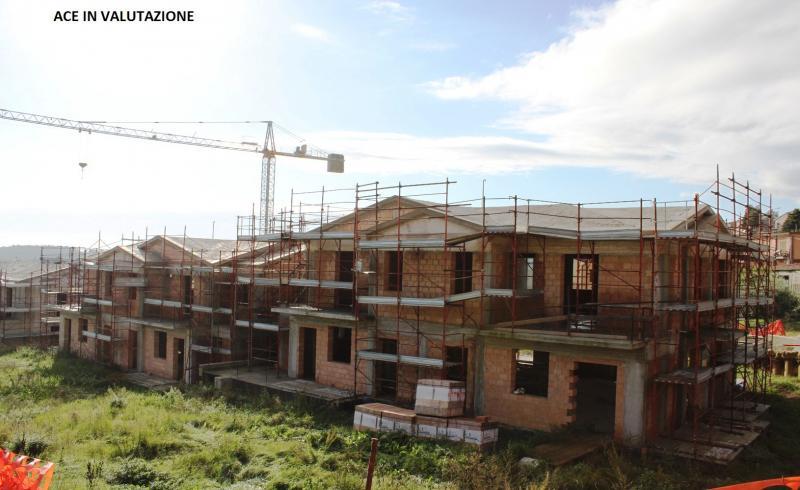 Appartamento in vendita a Offagna, 5 locali, zona Località: Semicentro, prezzo € 1 | CambioCasa.it