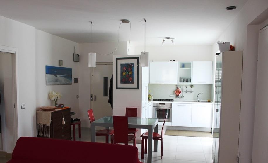 Villa Bifamiliare in vendita a Camerata Picena, 5 locali, prezzo € 300.000 | CambioCasa.it