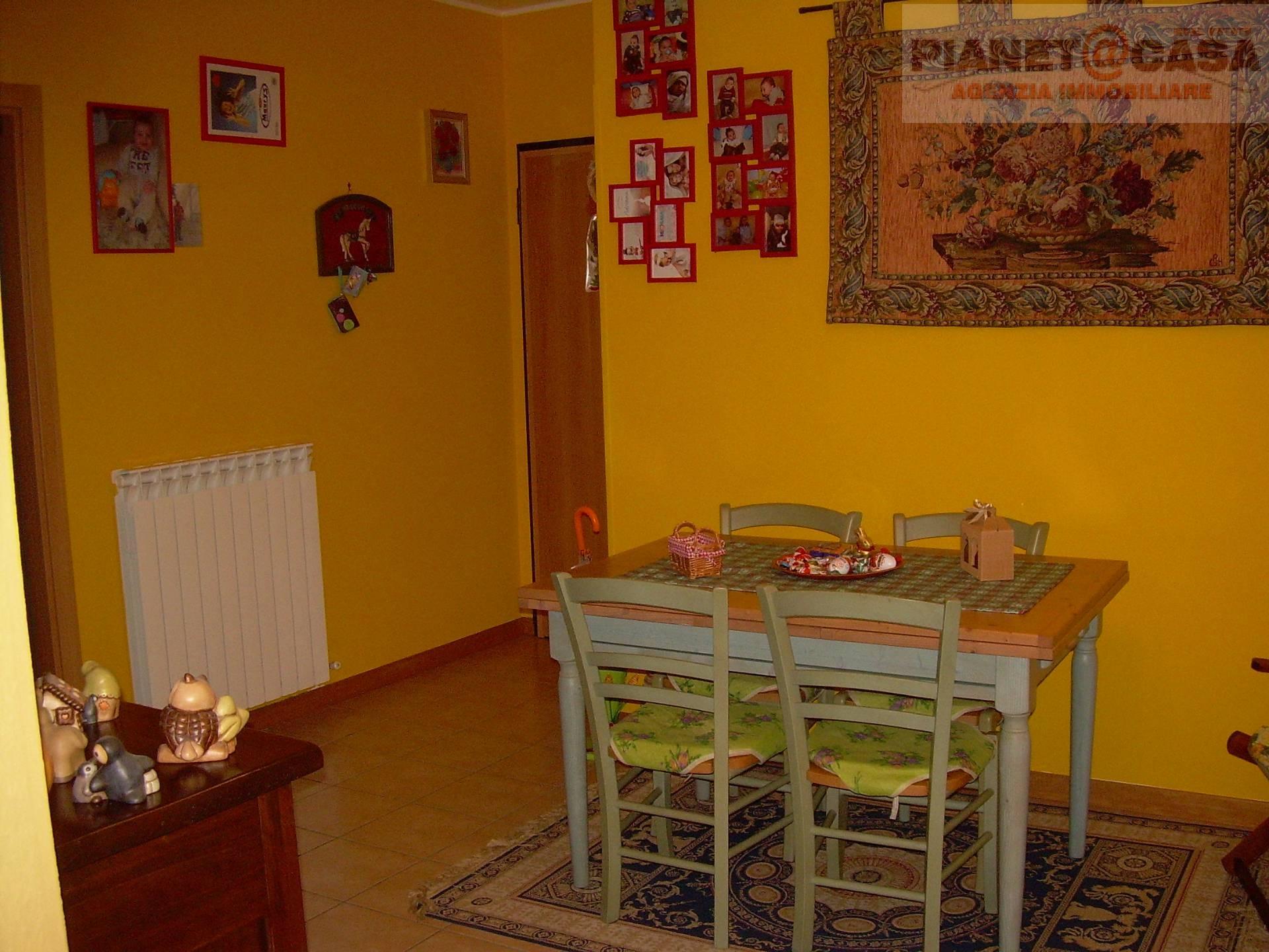 Appartamento in vendita a Castel di Lama, 3 locali, zona Zona: Piattoni, prezzo € 88.000   CambioCasa.it