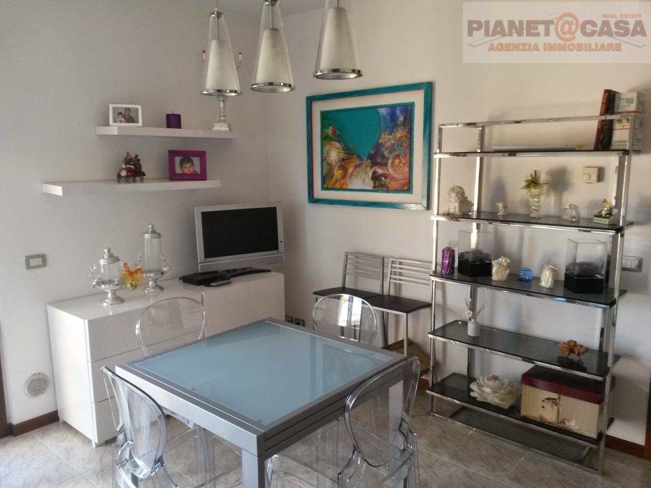 Appartamento in vendita a Monteprandone, 2 locali, zona Zona: Centobuchi, prezzo € 95.000   CambioCasa.it