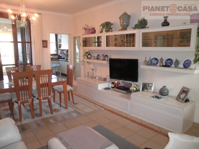 Appartamento in vendita a Tortoreto, 4 locali, prezzo € 169.000   CambioCasa.it