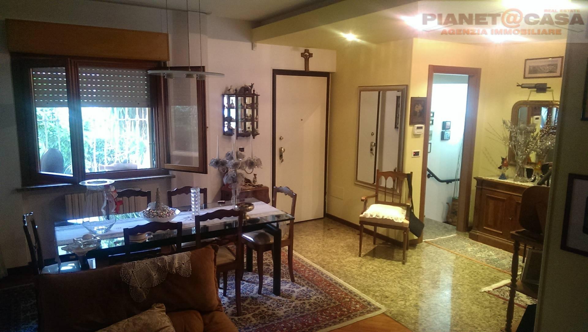 Villa a Schiera in vendita a Ascoli Piceno, 9 locali, zona Zona: Monticelli, Trattative riservate | CambioCasa.it