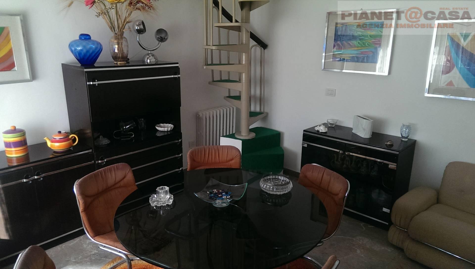 Villa in affitto a Controguerra, 5 locali, prezzo € 400 | CambioCasa.it