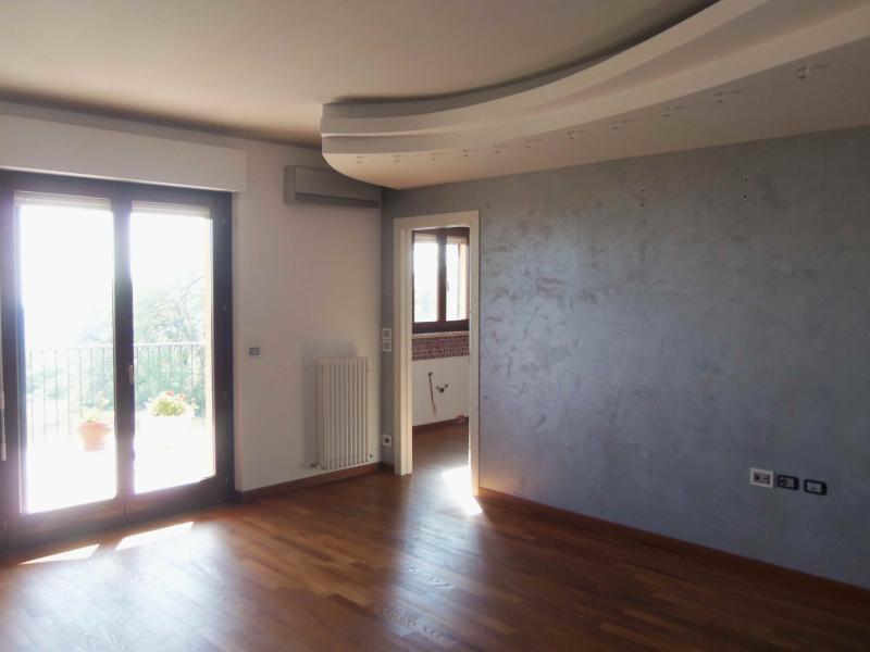 Attico / Mansarda in vendita a Acquaviva Picena, 6 locali, zona Località: Panoramica, prezzo € 230.000   Cambio Casa.it