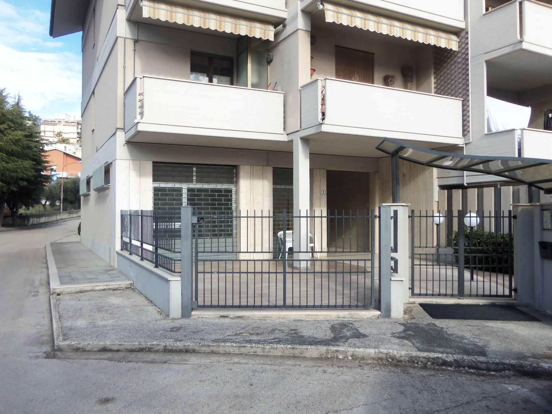 Laboratorio in vendita a Acquaviva Picena, 9999 locali, zona Località: Residenziale, prezzo € 55.000 | Cambio Casa.it