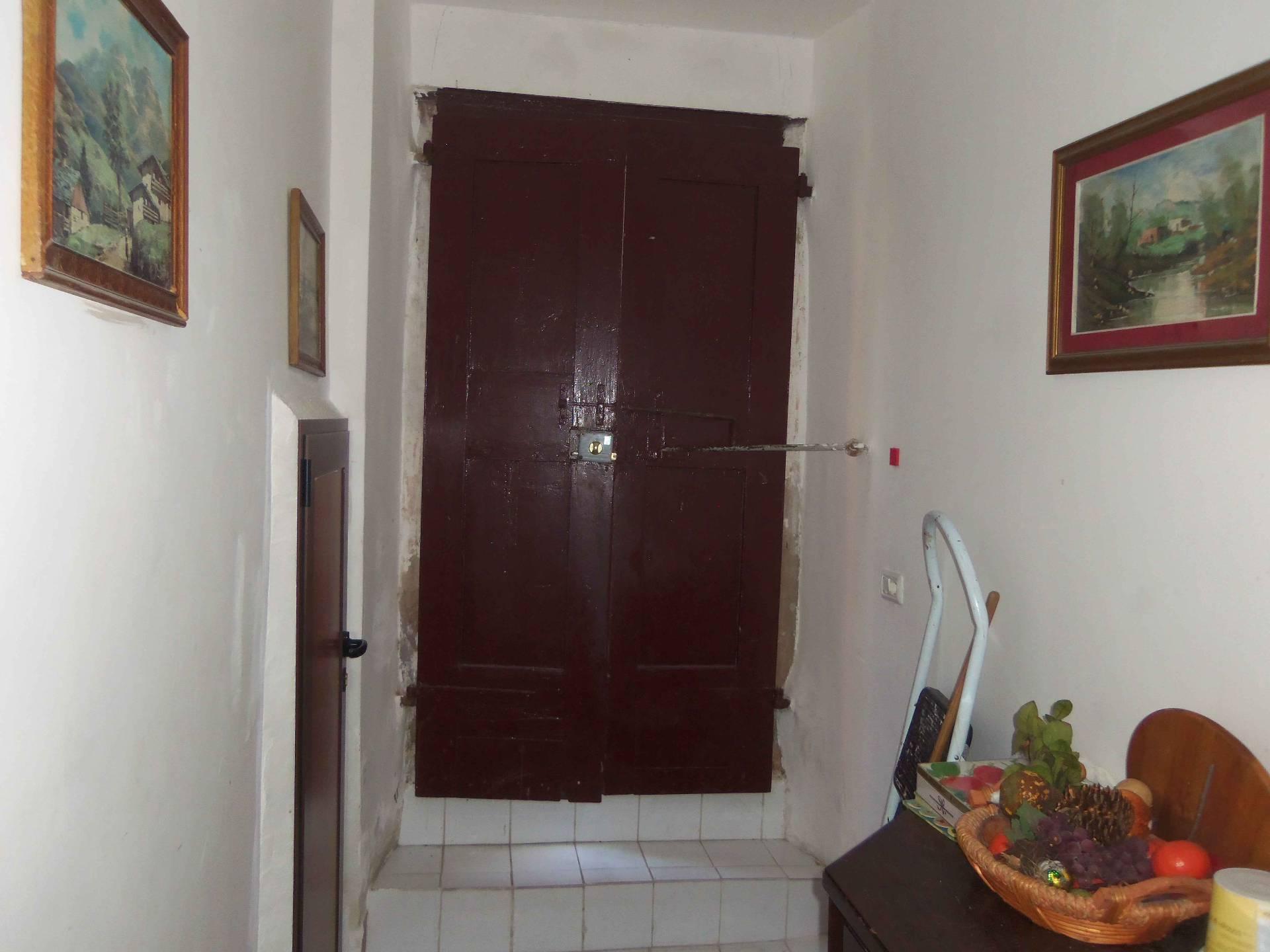 Appartamento in vendita a Acquaviva Picena, 4 locali, zona Località: Centrale, prezzo € 44.000 | CambioCasa.it