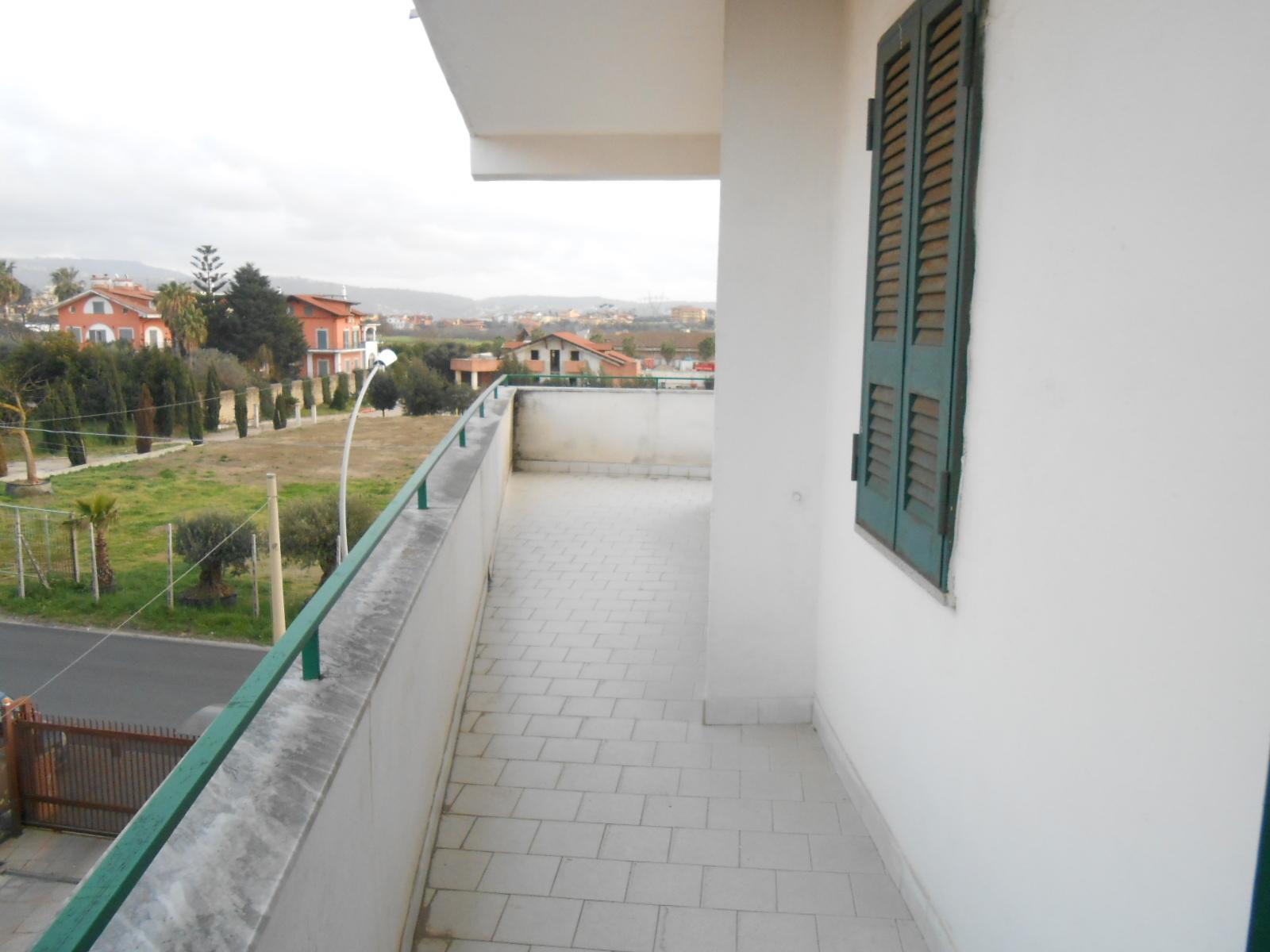 Appartamento, 90 Mq, Affitto - Giugliano In Campania (NA)