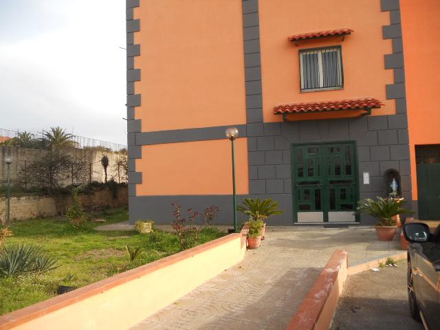 Appartamento, 80 Mq, Affitto - Giugliano In Campania (NA)