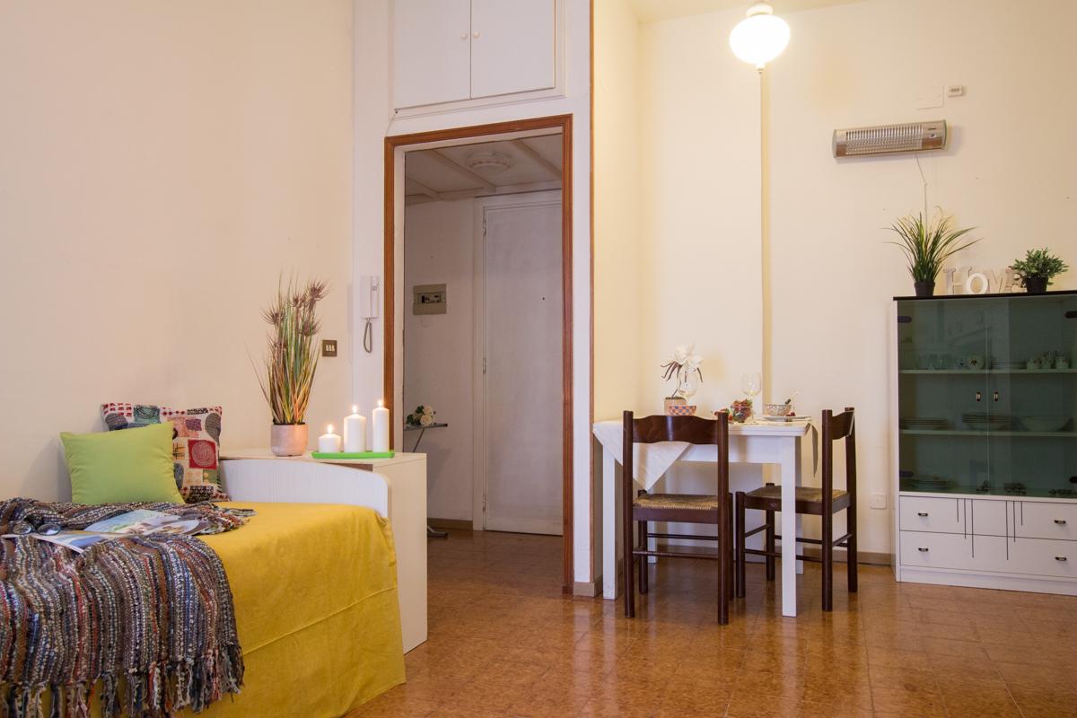 affitto appartamento roma ostia/ostia antica  550 euro  1 locali  40 mq