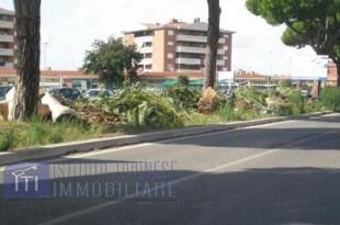 vendita locale commerciale roma infernetto malafede madon  70000 euro  40 mq