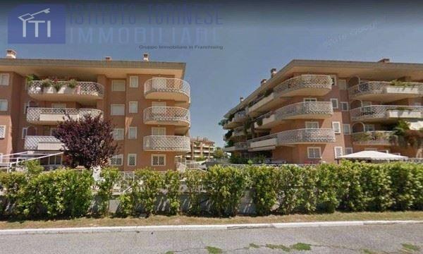 vendita appartamento roma vallerano  164250 euro  3 locali  79 mq