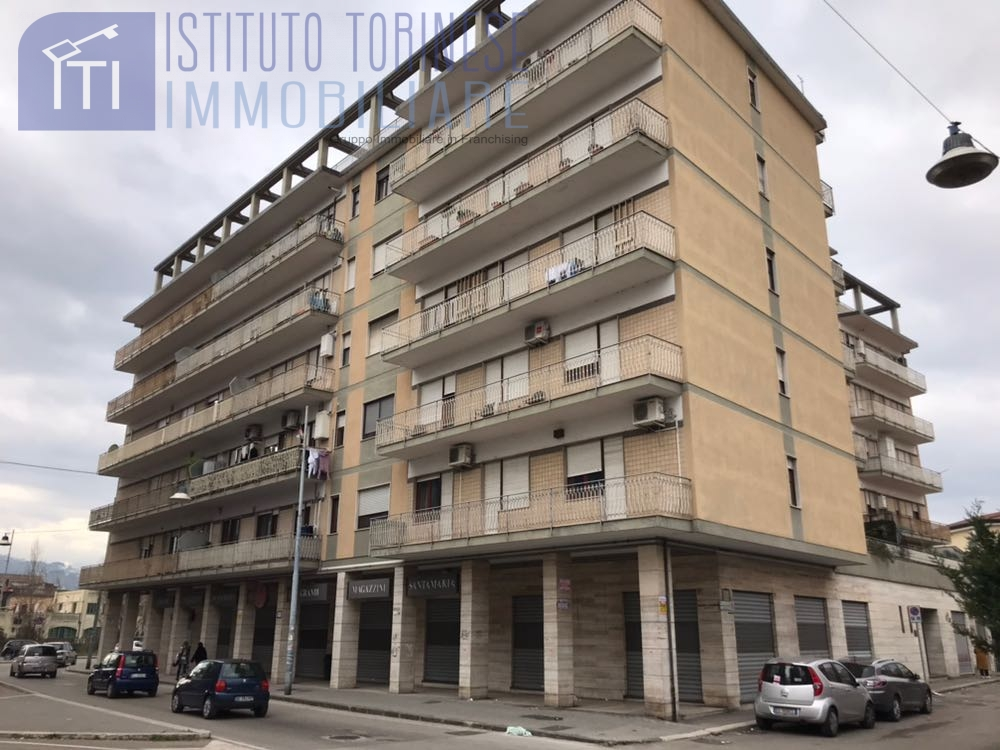 Appartamento, 100 Mq, Vendita - Benevento (Benevento)