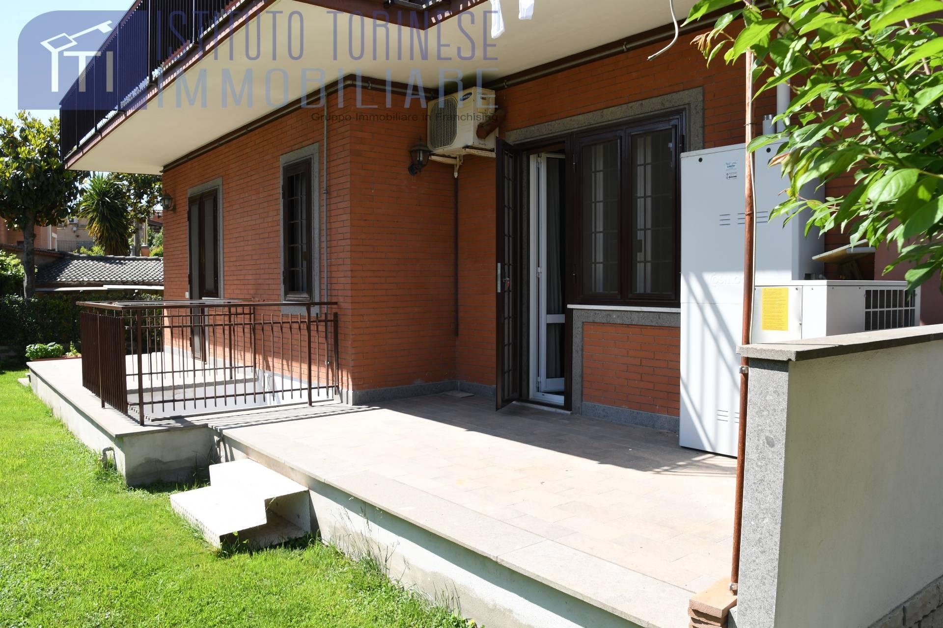 vendita appartamento marino   280000 euro  4 locali  130 mq