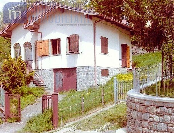 Foto 1 di Villa Pievepelago