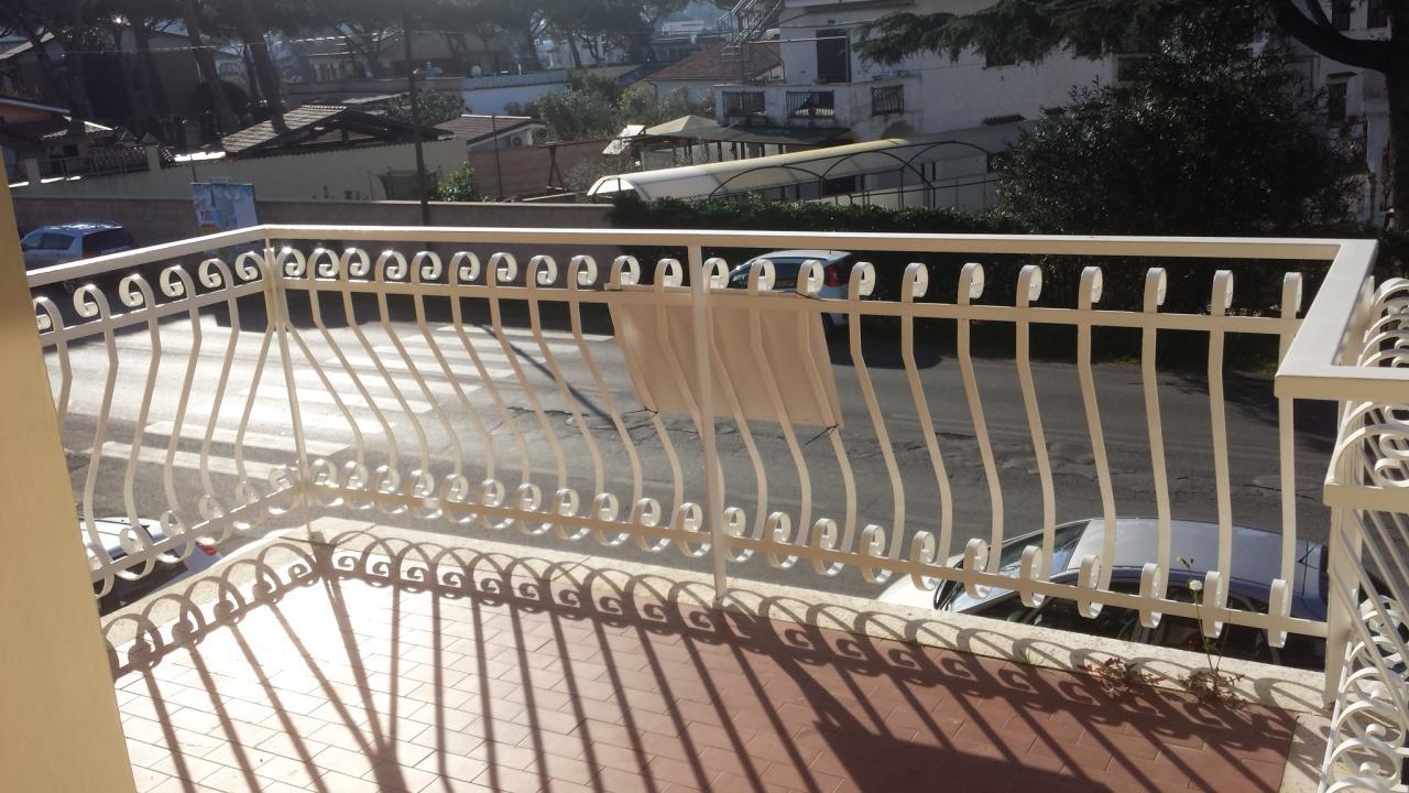 vendita appartamento ardea tor san lorenzo  78000 euro  2 locali  60 mq