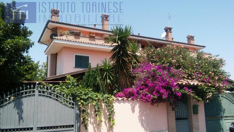 vendita villa roma ostia ostia antica  239000 euro  3 locali  100 mq