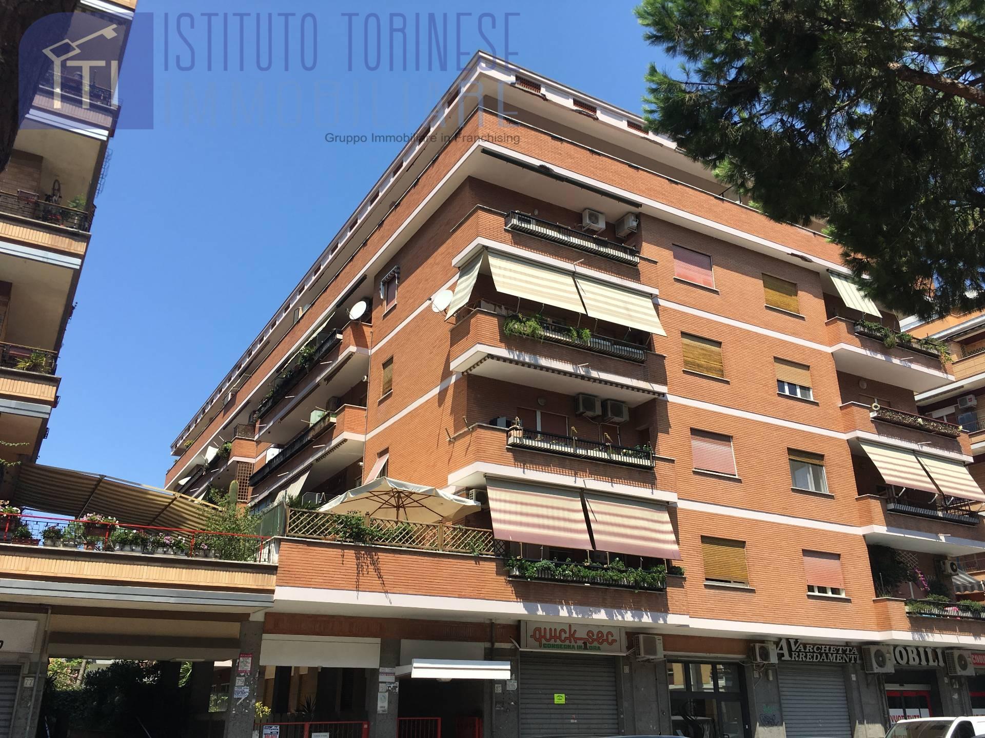 affitto appartamento roma ostia/ostia antica  700 euro  2 locali  70 mq