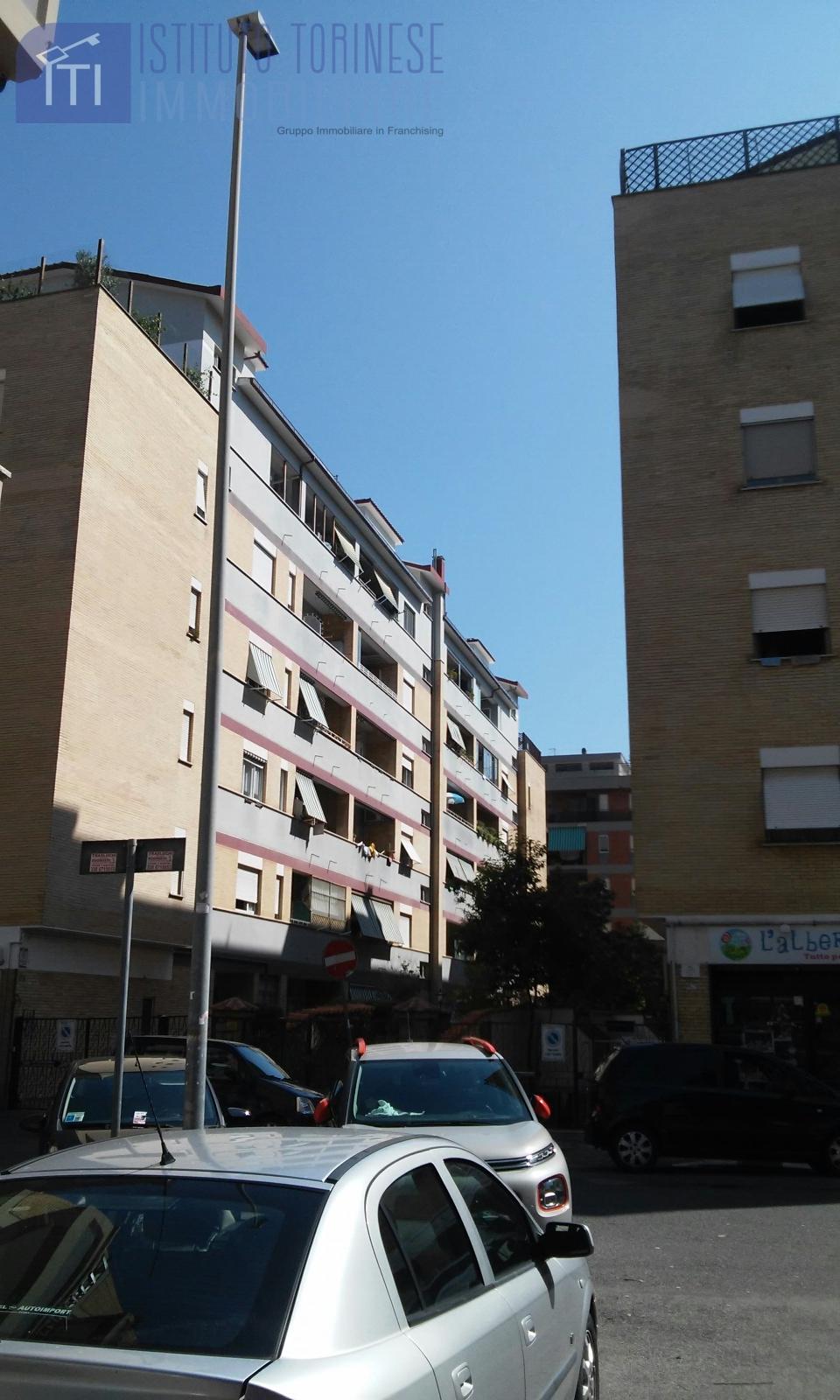 affitto appartamento roma ostia ostia antica  650 euro  2 locali  60 mq
