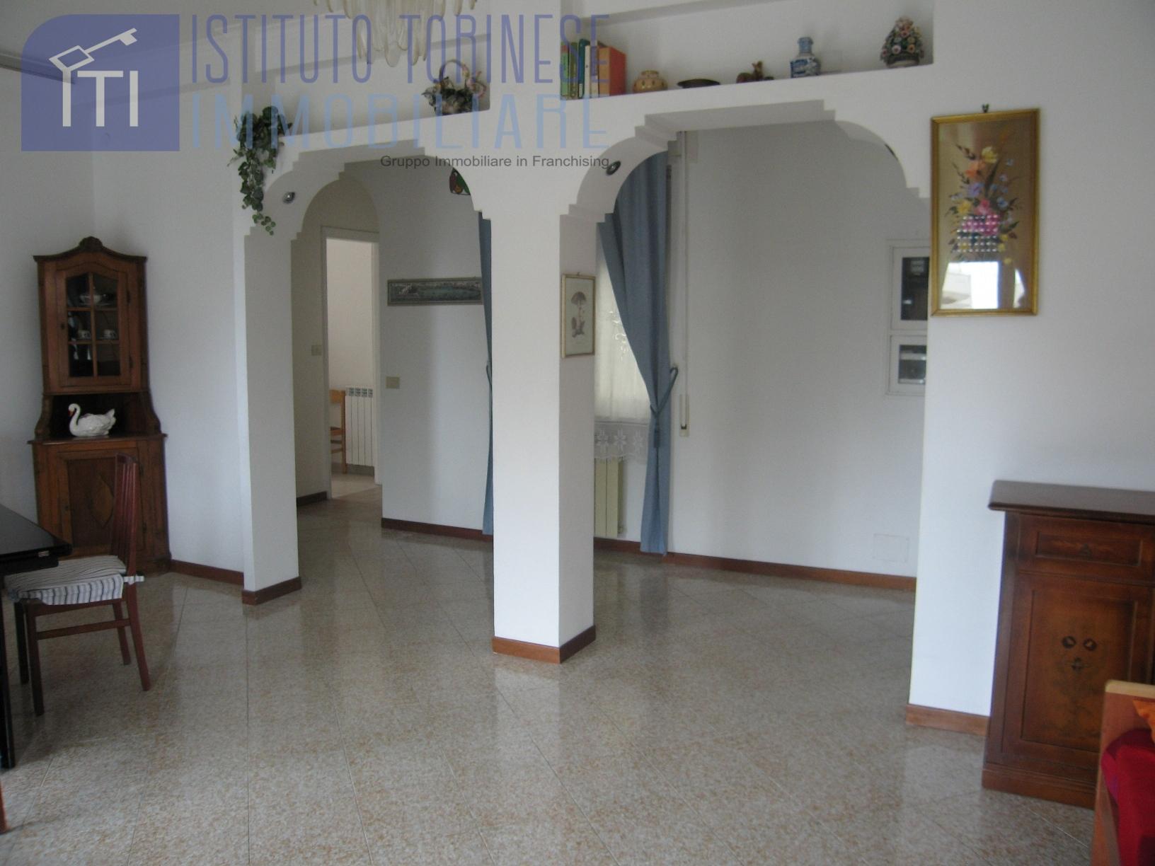 affitto appartamento roma ostia ostia antica  1000 euro  3 locali  100 mq
