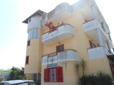 Vai alla scheda: Villa singola Vendita - Giugliano in Campania (NA)   Licola - Codice ITI 013-AA25432
