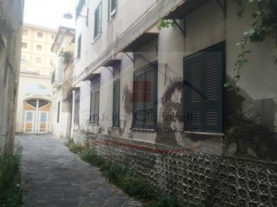 Vai alla scheda: Appartamento Vendita - Giugliano in Campania (NA) - Codice ITI 049-SU26206