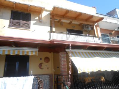 Vai alla scheda: Villa a schiera Affitto - Giugliano in Campania (NA) | Varcaturo - Codice ITI 013-SU26658