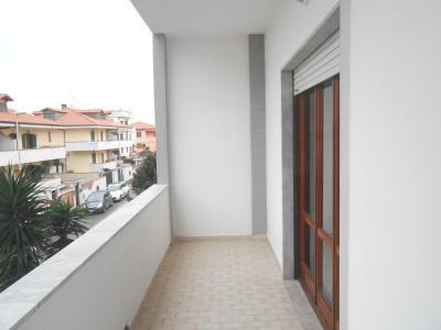 Vai alla scheda: Appartamento Affitto - Giugliano in Campania (NA) | Lago Patria - Codice ITI 013-SU27035
