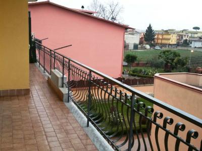 Vai alla scheda: Appartamento Affitto - Villaricca (NA) - Codice ITI 019-SU27079