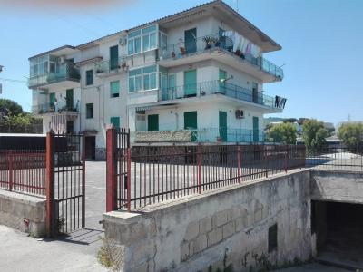 Vai alla scheda: Appartamento Vendita - Bacoli (NA) | Fusaro - Codice ITI 018-su086