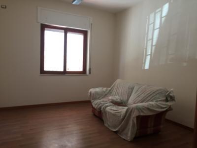 Vai alla scheda: Appartamento Affitto - Giugliano in Campania (NA) - Codice ITI 049-SU29090