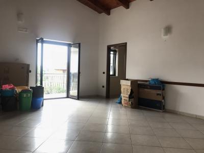 Vai alla scheda: Appartamento Affitto - Giugliano in Campania (NA) - Codice ITI 049-AA30237