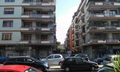 Vai alla scheda: Box / Posto auto Vendita - Roma (RM)   Ostia/Ostia antica - Codice ITI 042-23797