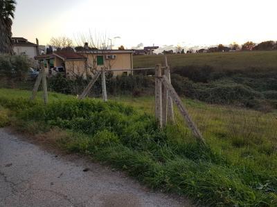 Vai alla scheda: Terreno  Residenziale Vendita - Aprilia (LT)   Fossignano - Codice ITI 003-SU40/TERR IAB