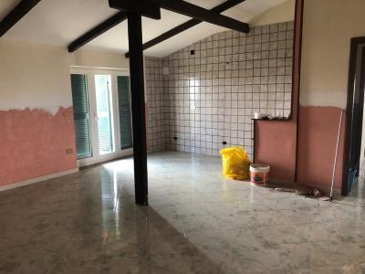 Vai alla scheda: Appartamento Affitto - Giugliano in Campania (NA) - Codice ITI 049-SU34689