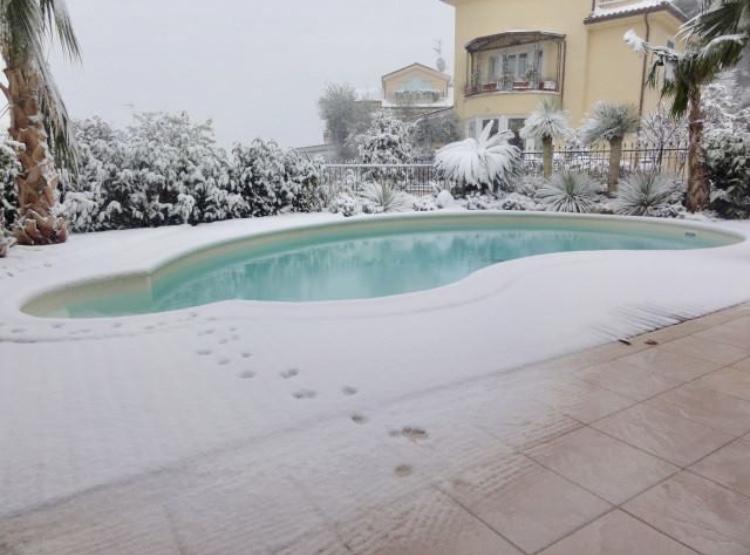 Villa in vendita a Porto San Giorgio, 13 locali, Trattative riservate   CambioCasa.it