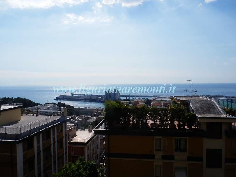 Appartamento in vendita a Savona, 3 locali, zona Zona: Villetta, prezzo € 135.000   CambioCasa.it