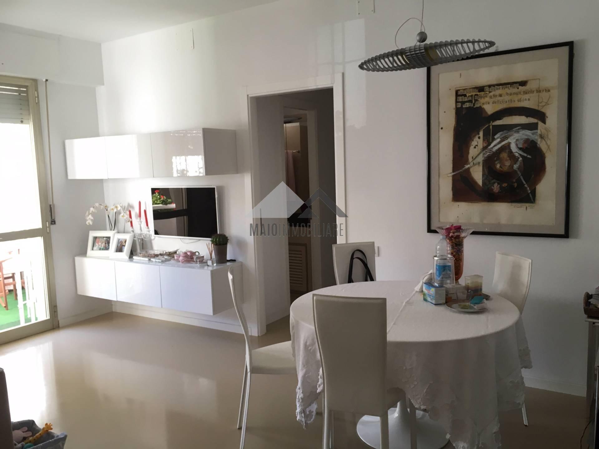 Appartamento in vendita a Riccione, 3 locali, zona Località: ABISSINIA, prezzo € 480.000 | Cambio Casa.it