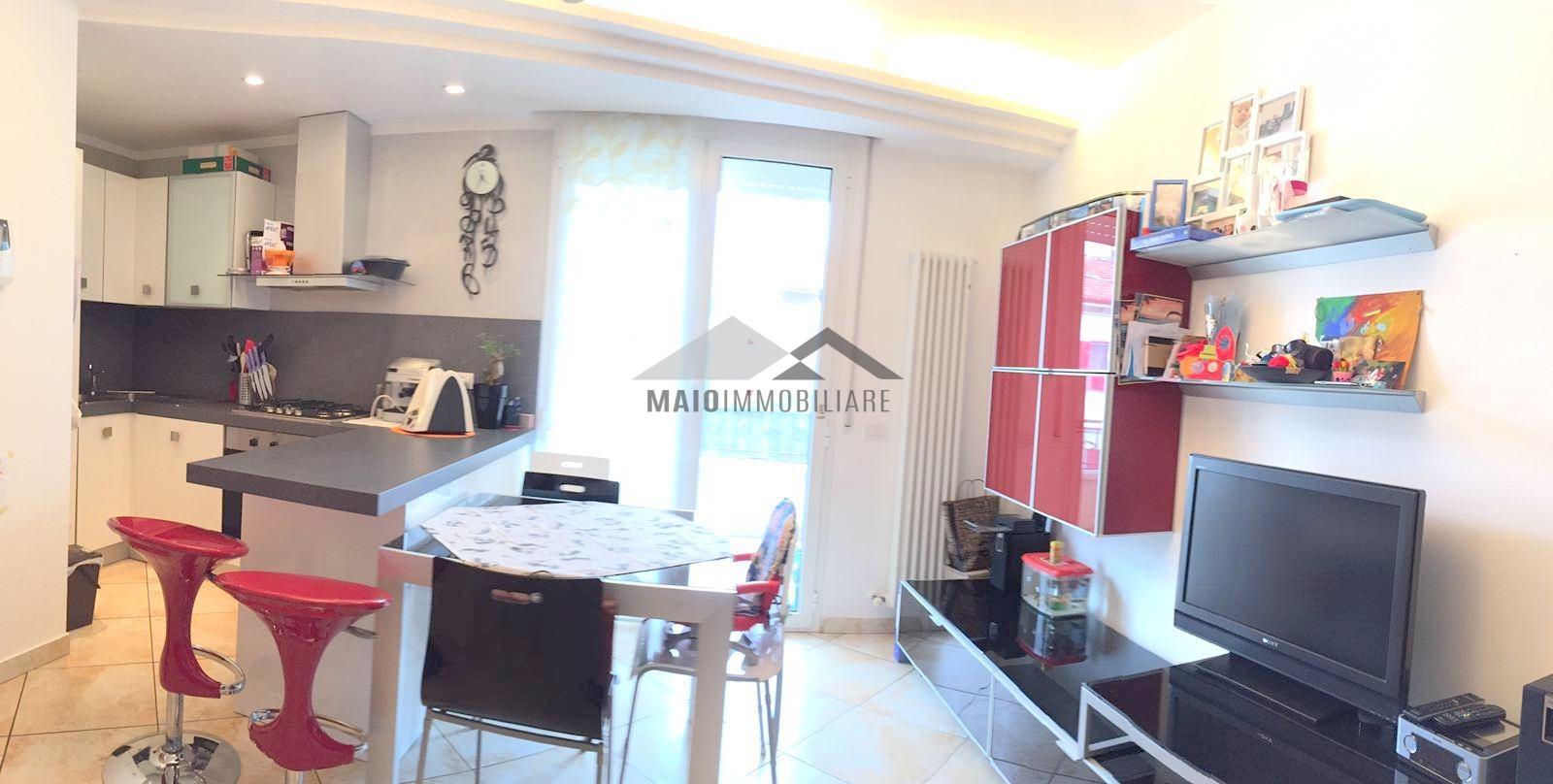 Appartamento in vendita a Riccione, 3 locali, zona Località: PRIMACOLLINA, prezzo € 250.000 | Cambio Casa.it