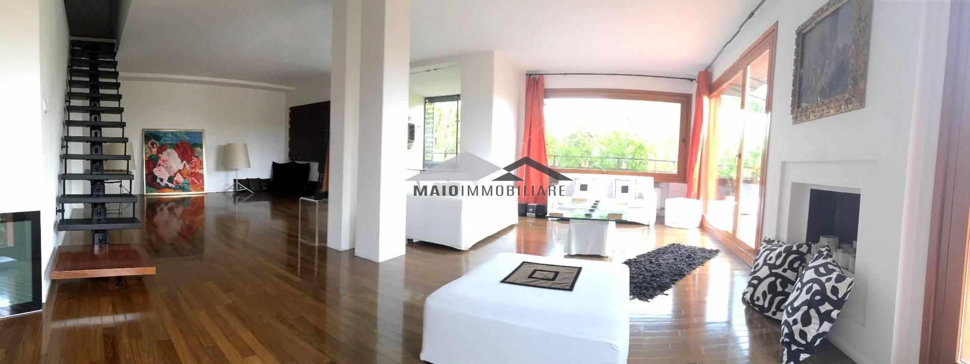 Appartamento in vendita a Riccione, 4 locali, zona Località: ABISSINIA, Trattative riservate | Cambio Casa.it