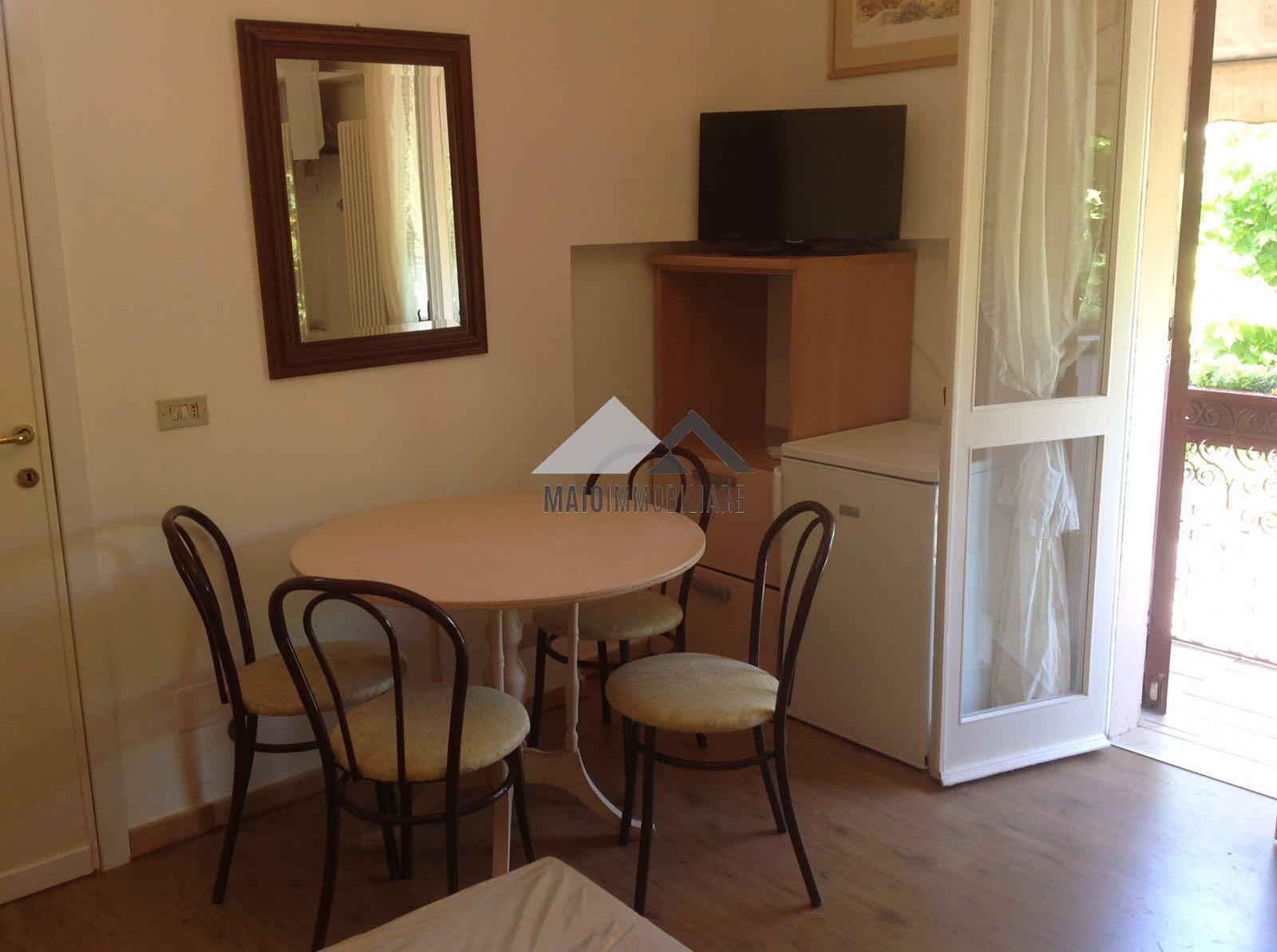 Appartamento in vendita a Misano Adriatico, 1 locali, zona Zona: Portoverde, prezzo € 82.000 | Cambio Casa.it