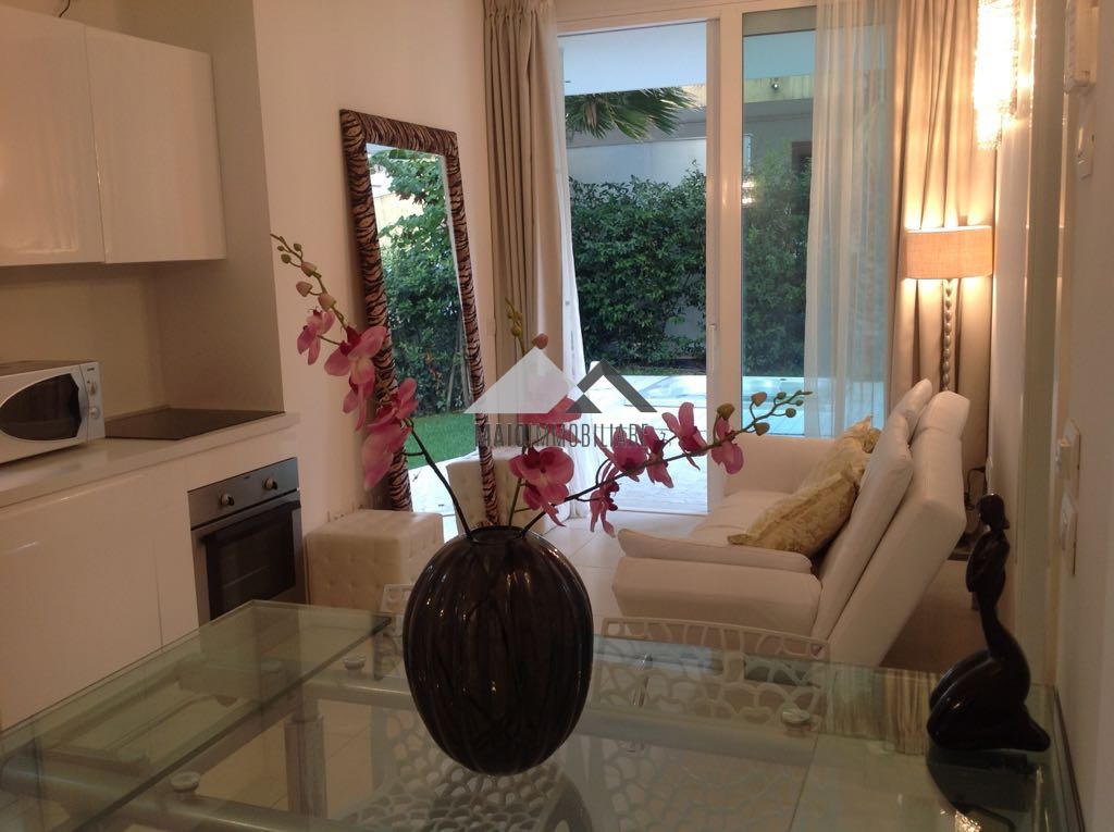 Appartamento in affitto a Riccione, 3 locali, zona Località: PAESE, prezzo € 1.700 | Cambio Casa.it