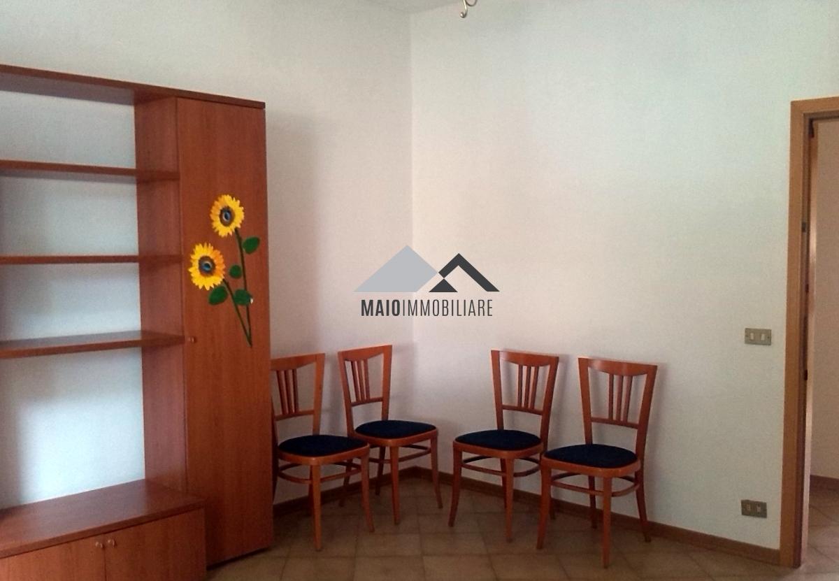 Appartamento in vendita a Riccione, 3 locali, zona Località: PARCO, prezzo € 180.000 | Cambio Casa.it
