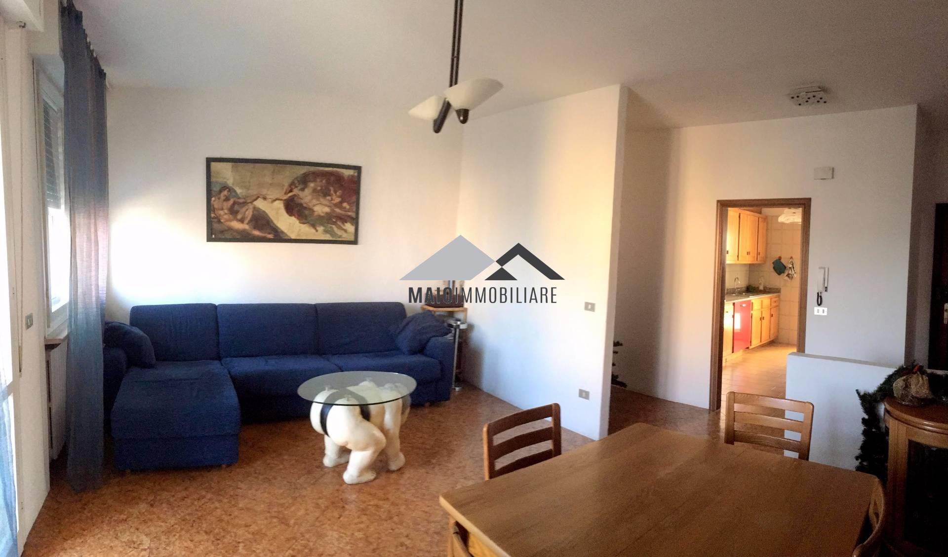 Appartamento in vendita a Riccione, 3 locali, zona Località: FONTANELLE, prezzo € 210.000 | Cambio Casa.it