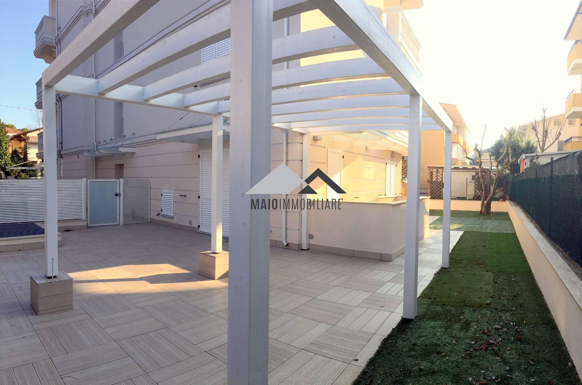 Appartamento in vendita a Riccione, 3 locali, zona Località: PAESE, prezzo € 395.000 | Cambio Casa.it