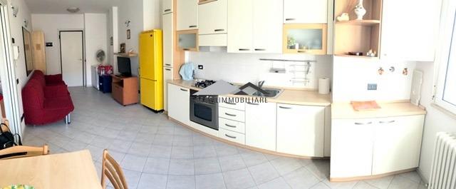 Appartamento in vendita a Riccione, 3 locali, zona Località: ALBA, prezzo € 240.000   CambioCasa.it