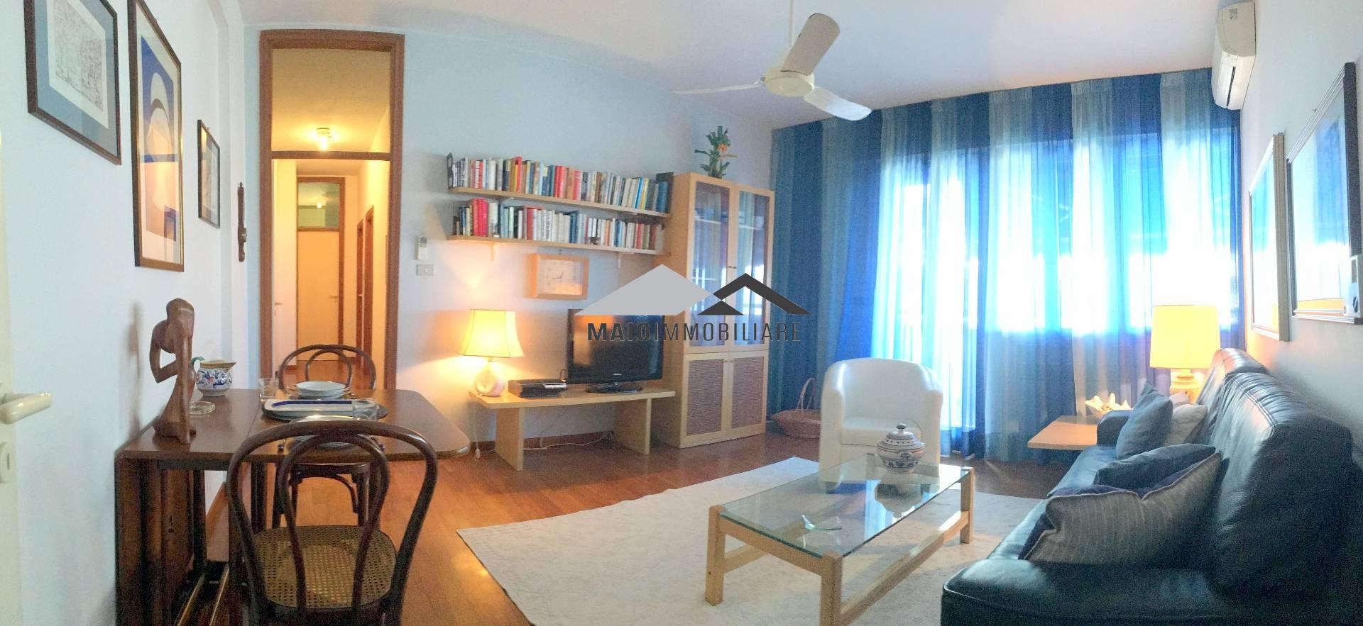 Appartamento in vendita a Riccione, 3 locali, zona Località: ABISSINIA, prezzo € 680.000 | CambioCasa.it