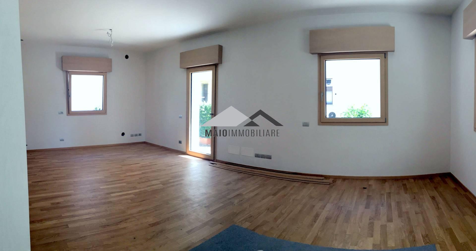 Villa in vendita a Riccione, 5 locali, zona Località: PAESE, prezzo € 885.000 | CambioCasa.it